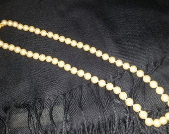"""Vintage Trafari 20"""" Faux Pearl Necklace - Great Condition!"""