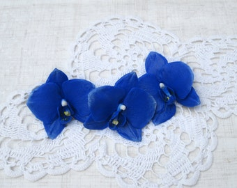 Royal blue hair flower Orchid hair pin Blue wedding floral hair accessory Orchid hair clip Polymer clay orchid hair piece Tropical flower