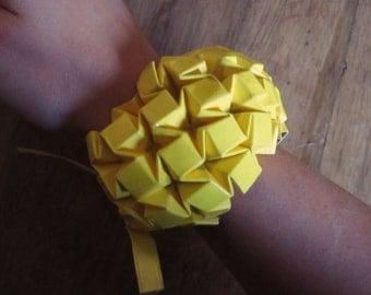 Origami yellow bracelet