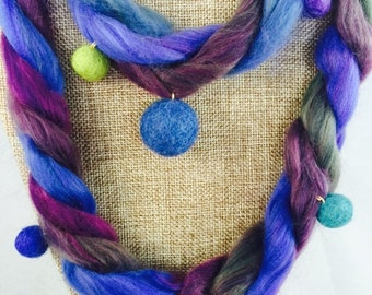 Necklace with wool pom poms, embellishment, wool, polyester, acrylic