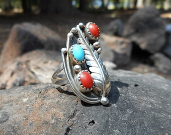 Early Old Pawn Navajo Native American Turquoise Coral Sterling Ring Leaf Design SZ 6