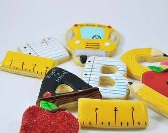 Back to School cookies  - 1 Dozen - sweet - cute treats - perfect school gift - teacher gift - teacher appreciation - apple - school bus