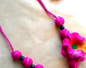 wool felt beaded necklace fuchsia pink with flower eco natural
