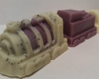 Pure SOAP cold - Lavender & poppy exfoliate - Train playful / Pure Cold Process Soap