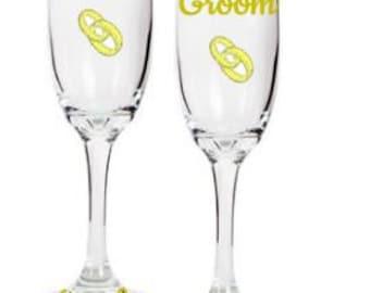 Custom Set of Bride and Groom Flute Toasting glasses (2) , Wedding Toasting Flutes, Toasting Glasses, Bride and Groom Toasting Flutes