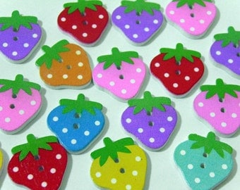 12 Strawberry wooden buttons #EB24