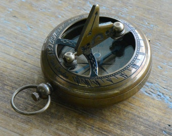 Sundial Compass Pendant, Antique Brass & Glass, Nautical, Heavy Duty, Vintage Style (BA043)