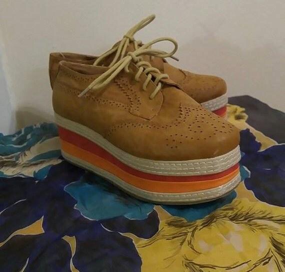 Beautiful NatureBreeze platform shoes. 70's style. Size 7.