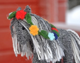 Horse wool knitted toy