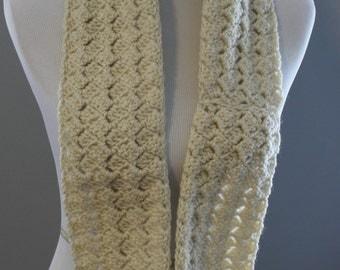 Aran Slanted Shells Infinity Scarf, Crochet Infinity Scarf, Shells Scarf, Aran Crochet Scarf, Winter Scarf, Winter Fashion