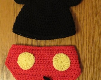 Mickey Mouse Style Baby Hat & Nappy (Diaper) Cover