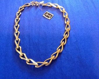 Monet # 8674 Necklace with tag