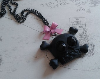 Black Skull, Pastel Goth Necklace. Pink Bow. Kawaii, Gothic, Lolita, Creepy Cute. Cosplay. Brand New. Handmade.