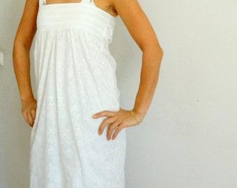 White sleeveless dress with a bow high waist sundress beach thulle simple dress size Small Medium US 8-10 vintage 1990s