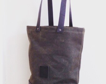 Oliv Waxed Canvas Tote Bag