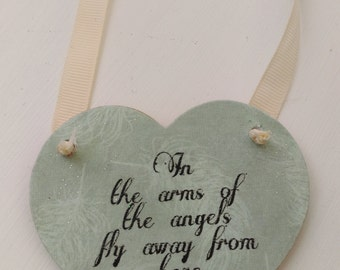 Keepsake heart, hanging heart, memorial, In the arms of the angels, Gift for her, Gift for him, Wooden heart, Shabby chic decor, Rustic home