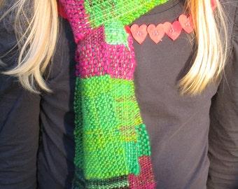 Raspberry leaf scarf