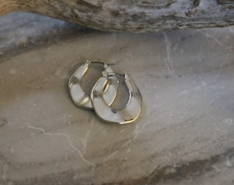 "Vintage Silvertone Wavy hoop earrings,  1"" long, estate earrings"