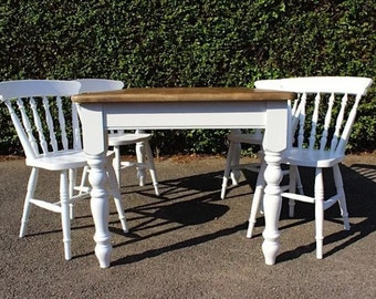 Beautiful farmhouse style dining table & chairs