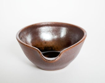 Stoneware Ceramic Pouring Bowl: Japanese Tenmoku, Small