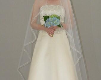"Single Tier Cascade/Waterfall Sheer Wedding Veil - 75"" chapel length bridal veil with 5/8"" organza ribbon edge"