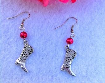 Boot pair of earrings