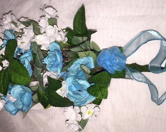 Small Free-form Bouquet for Bridesmaids or Bride. Can be done in any colors