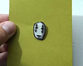 No Face Pin