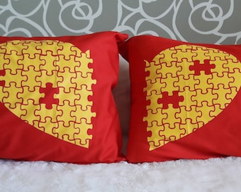 31RD-  Puzzel heart  ! Bed Pillow Cases / Covers