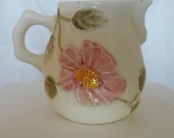 Vtg Creamer Pink flower Foral Made in Brazil    (358)