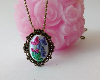 Embroidery Silk Ribbon Necklace Embroidery  pendant Floral  jewelry Oval necklace Vintage Style