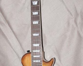 Min Gibson Les Paul Style Guitar