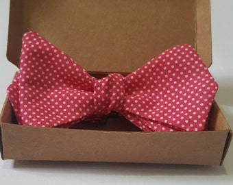 Bow tie - Mens Self tie - Polka dot - Pink - Diamond Tip