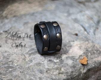 """Leather Wristband """"Méléagant"""""""