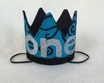 Mini Blue and Black Felt Crown Birthday Crown, Blue Black First Birthday Crown, Cake Smash Blue, Girls First Birthday Hat, Blue Felt Crown