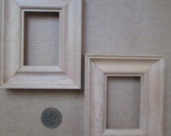 Vintage wooden frames (set of 2)