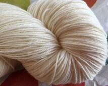 SOCK Targhee Nylon Undyed Yarn  Fingering Wt, Targhee Undyed Sock Yarn, Targhee Nylon Ecru Yarn Base, Americn sock Yarn, Product of USA