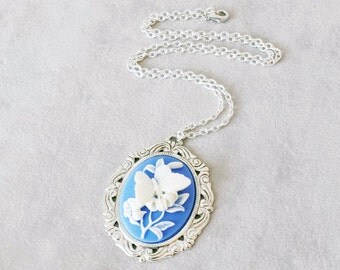 Large Butterfly Cameo necklace, Blue Vintage Cameo necklace, Victorian Cameo Necklace, Gift for Mom, Gift for Grandma, Gift for her