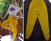 YELLOW 1980's Vintage High Waist Bright Yellow Cotton Poly Skinny Stirrup Pants // size Medium Large