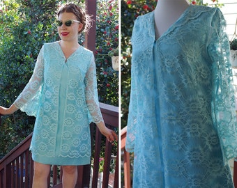 BLUE Lace 1950's 60's Vintage MOD Bright Blue Lacy Dress with Bell Sleeves // size Small Medium