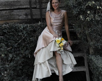 Blush wedding dress, S6 sample available for sale in blush or custom order