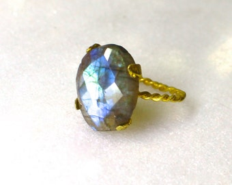 Blue Fire Labradorite Rose Cut Ring in gold...