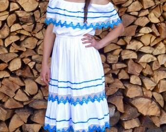 1970s, vintage dress, size medium dress, white sun dress, Mexican peasant dress, white summer dress, puebla dress, off shoulder dress,