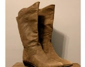 Textured LEATHER western style BOOT -  Vintage tall boot