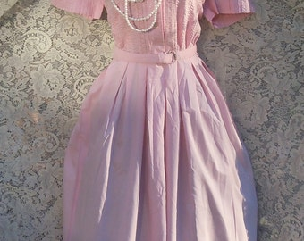 Pink 1950s dress cotton embroidery Cay Artley shirtwaist  mid century large from vintage opulence on Etsy