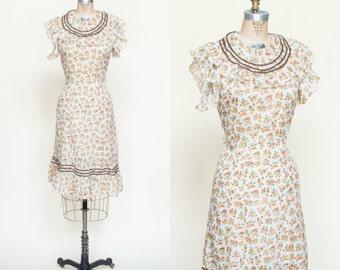 1930s Day Dress --- Vintage Floral Dress