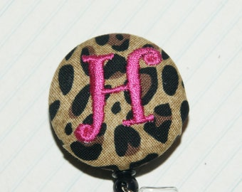 Id Reel monogrammed, U design, fabric, letter and color. (#109)