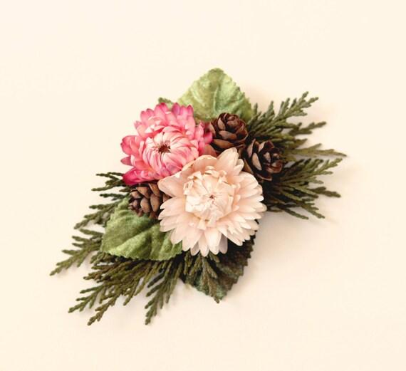 Woodland bridal clip, Strawflower headpiece, Rustic wedding hair clip, Unique bridal alternative, Pink natural hair clip