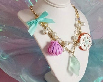 Mermaid Necklace Mermaid Jewelry Pastel Iridescent Mermaid Charm Necklace Kawaii Statement Necklace Pin Up Jewelry Little Mermaid Seashell