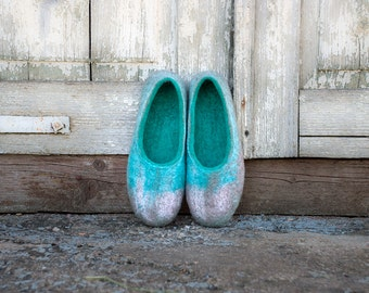 Wool slippers women natural felted slippers Gray turquoise home shoes Traditional boiled wool valenki